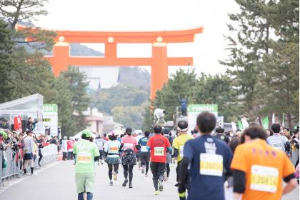 マラソン 京都 【京都マラソン2018】今年も参加できる事に感謝 ボランティア活動しました【マラソン】